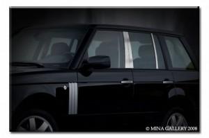 Хромированные пилары на Range Rover