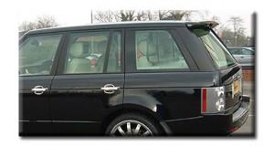 Задний спойлер на Range Rover